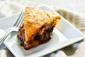 Pear Cherry Pie