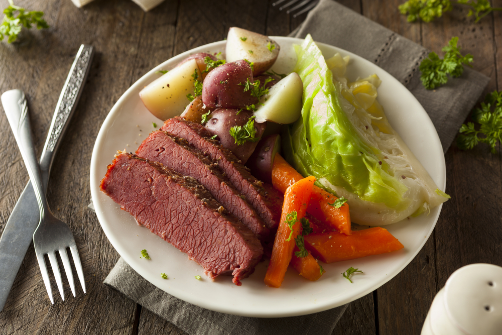 Corned Beef With Cabbage, Potatoes, and Carrots