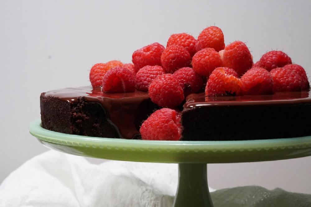 Flourless Chocolate Cake with Raspberries
