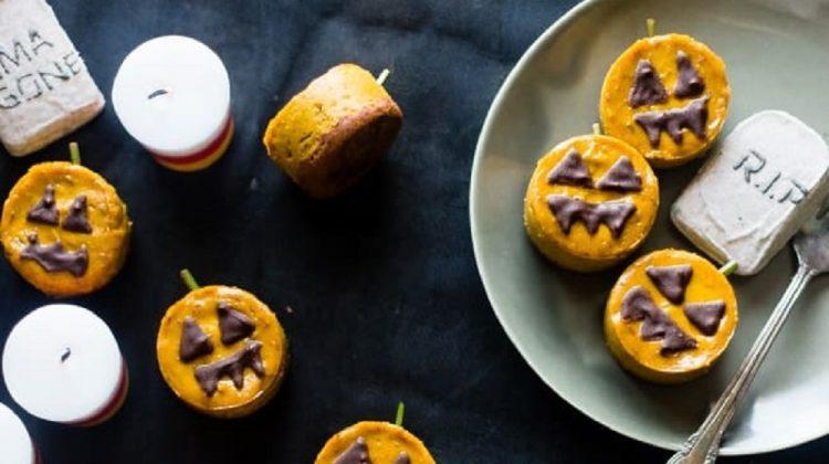 Halloween cheesecake bites